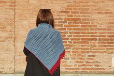 Ravelry: Sur les toits d'Arles pattern by EclatDuSoleil Knit Patterns, Ravelry, Crochet Hats, Stitch, Knitting, Design, Knitting Patterns, Knitting Hats, Full Stop