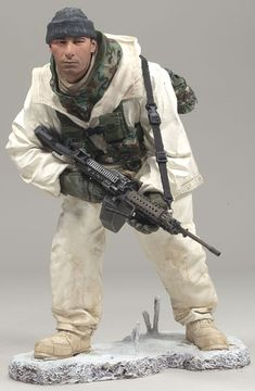 McFarlane Military Series 7 Army Ranger Arctic Operations action figure toy