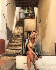 Jodie calussi sexy nackt