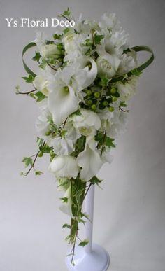 カラー、スイトピー、バラのキャスケードブーケ @マンダリンオリエンタル東京 ys floral deco