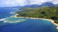 Photo: Shutterstock Facebook's Mark Zuckerberg isn't the only tech billionaire with a secluded Hawaii retreat. Long before Zuckerberg bought his own 700-acre slice of Kauai, Michael Dell invested in the exclusive community of Hualalai, on the Big Island's Kona Coast. But he chose to build his home--an 18,500-square-foot complex dubbed the [...]