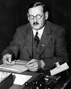 Anton Drexler (13 June 1884 – 24 February 1942) was a German far-right political leader of the 1920s, instrumental in the formation of the anti-communist - DAP), the antecedent of the Nazi Party.  Drexler served as mentor to Adolf Hitler during his early days in politics.