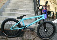 Rate this bike from Ktm Dirt Bikes, Cruiser Bicycle, Bmx Bicycle, Vtt Dirt, Cycling Art, Cycling Quotes, Cycling Jerseys, Sunday Bmx, Bmx 20