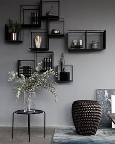 Elegant minimalist home decor inspiration. Elegant minimalist home decor inspiration. Shelving Design, Modern Shelving, Shelving Display, Shelving Systems, Shelving Decor, Contemporary Shelving, Shelving Ideas, Shelf Design, Storage Ideas