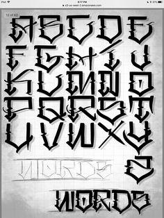Lettering Guide, Graffiti Lettering Fonts, Graffiti Alphabet, Lettering Styles, Tattoo Lettering Alphabet, Tattoo Script, Hand Lettering, Calligraphy Alphabet, Letter Art