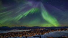 Tromsø - vinterby rett under nordlyset - Auroranatt (c) Truls Tiller/www.visitttromso.no