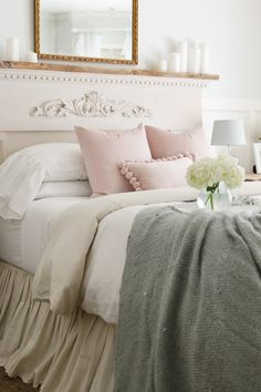 Subtle touches of Spring decor in the bedroom and entry way. TIDBITS Spring home tour.