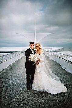 Milwaukee Art Museum Wedding Portraits | ©Liller Photo | www.lillerphoto.com