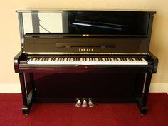 Đàn Piano Yamaha U1H