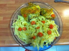 Pollo con tallarines Cabbage, Vegetables, Food, Cheesecake, Pies, Cooking, Tagliatelle, Chicken, Vegetable Recipes