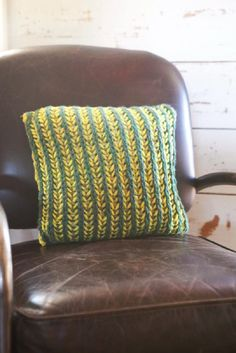 Bi-Color Brioche Pillow: Say Bye, Bye, Bi to being intimidated by the stitch!