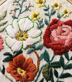 @tessa_perlow flower embroidery