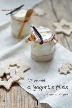 mousse di yogurt e miele alla vaniglia, la migliore!