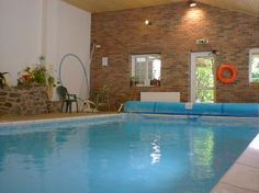 Book Barlings Barn for a sleeps 28 holiday, good quality self-catering holiday accommodation in Powys. Holiday Accommodation, Hot Tubs, Wales, Panda, Swimming Pools, Places To Visit, Barn, England, Country Cottages