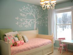 girls room, tree mural, daybed