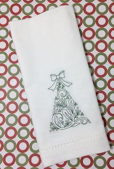 Elegant Christmas Tree Embroidered Cloth Napkins - Set of 4 napkins