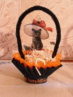 Halloween Nut Cup  Candy Cup  Handmade Vintage by ApinchOfJoy, $5.00