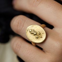 Lovely clear image. Oak Leaves Ring by Peter Hofmeister