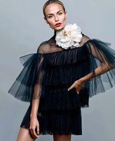 natasha poly by alique for s moda october 2015 | visual optimism; fashion editorials, shows, campaigns & more!