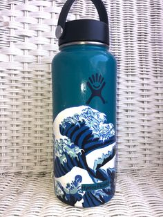 Hydro Painting, Water Bottle Art, Drinks, Drinking, Beverages, Drink, Beverage