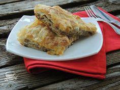 Secretele bucatariei noastre: BUREK CU CARNE Pastry And Bakery, Lasagna, Ethnic Recipes, Food, Essen, Meals, Yemek, Lasagne, Eten
