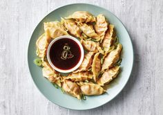 Ganesh's Pork Pot Stickers Recipe - Quick and easy at countdown.co.nz Pork Pot Stickers, Pot Stickers Recipe, Top Recipes, Easy Healthy Recipes, Dinner Recipes, Dumpling Wrappers, Asian Rice, Gluten Free Soy Sauce, Pork Mince