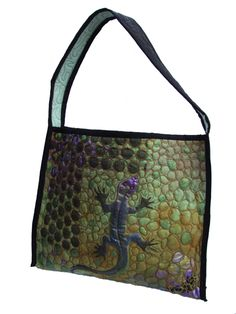 a lovely quilted purse from Linda Kemshall's site