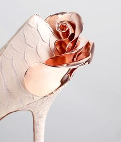 Ralph & Russo SS16 Pink colour Python Rose gold colour rose 12cm heel Leather outsole Made in Italy