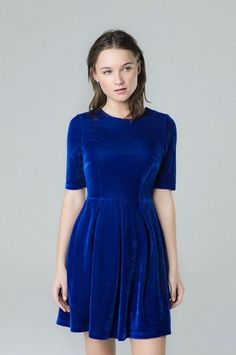 Blue velvet dress, V neck, regular fit polyester spandex/ Machine wash up to Our model wears an S Looks Jeans, Sewing Clothes Women, Blue Velvet Dress, Perfect Fall Outfit, Velvet Fashion, Street Outfit, Winter Dresses, Stylish Dresses, 90s Fashion