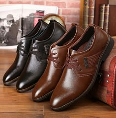 US $24 New Arrival Men Business Shoes Black Borwn Wedding Shoes Flats Pointed Toe High Quality Meeting Formal Shoes Male Zaptos