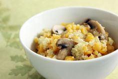 Quinoa s kukuricou a šampiňónmi