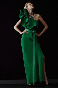 Evening gown, couture, evening dresses, formal and elegant Lanvin green… Couture Mode, Style Couture, Couture Fashion, Runway Fashion, Womens Fashion, Couture 2015, Lanvin, Balenciaga, Green Fashion