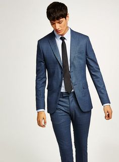 For mens fashion check out the latest ranges at Topman online and buy today. Topman - The only destination for the best in mens fashion Topman Jeans, Skinny Suits, Mens Trends, Three Piece Suit, Sport Casual, Office Outfits, Wedding Suits, Mens Suits, Mens Fashion