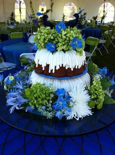 Nothing Bundt Cakes - Wedding Cake - Corte Madera, CA - WeddingWire Wedding Cake Prices, Wedding Cake Designs, Wedding Ideas, Wedding Fun, Wedding Story, Blue Wedding, Wedding Reception, Nothing Bundt Cakes, Cake Pricing