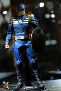 New Images: Hot Toys Captain America: The Winter Soldier 1/6th Scale Figures