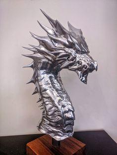 Monster Hunter Memes, Monster Hunter World, Dark Tide, Creature Picture, Sculptures, Lion Sculpture, Black Dragon, Creative Cakes, Game Art