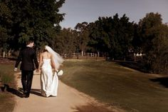 Brides & grooms  #Country wedding ... Wedding ideas for brides & bridesmaids, grooms & groomsmen, parents & planners ... https://itunes.apple.com/us/app/the-gold-wedding-planner/id498112599?ls=1=8 … plus how to organise an entire wedding, without overspending ♥ The Gold Wedding Planner iPhone App ♥ Photo courtesy of www.taraleephoography.com.au