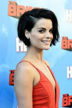 Jaimie Alexander Photos: Premiere of HBO's 'The Brink' - Red Carpet - Looking for Hair Extensions to refresh your hair look instantly? KINGHAIR® only focus on premium quality remy clip in hair. Short Hairstyles For Women, Pretty Hairstyles, Bob Hairstyles, Hairstyle Short, Pixie Haircuts, Hairstyle Ideas, Black Hairstyles, Pixie Haircut For Round Faces, Pixie Bob Haircut