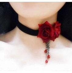 GOTH FASHION - Choker roses and chainsss