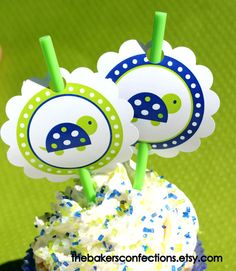 Printable Boys Turtle Rounds so you can make your own cupcake, cake pop or straw toppers! Great for birthdays or baby showers.