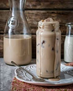 15 Best Coffee Recipes images in 2020 Coffee Cafe, Iced Coffee, Coffee Drinks, Coffee Shop, Best Homemade Bread Recipe, Café Chocolate, Coffee Facts, Coffee Recipes, Drink Recipes