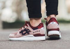 ASICS Gel Lyte III Adobe Rose is a brand new ASICS Gel Lyte III release that comes in rosy red and pink colorway with premium construction in suede and mesh Asics Tiger Gel Lyte, Asics Gel Lyte Iii, Streetwear, Asics Shoes, Shoes Sneakers, Marathon, Baskets, Asics Women, Me Too Shoes