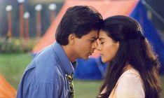 Shahrukh Khan and Kajol - Kuch Kuch Hota Hai Bollywood Stars, Bollywood Couples, Bollywood Celebrities, Bollywood News, Bollywood Actress, Shahrukh Khan And Kajol, Shah Rukh Khan Movies, Kuch Kuch Hota Hai, Srk Movies