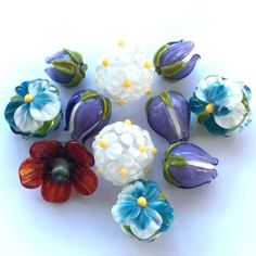 #flower #beads #petrovnalampwork #lampwork #бабецветы #glass #beads #beading #crafting #poppy #pansy #мак