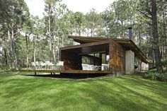Weekend Country House in Mexico Displaying a Strong Architectural Personality