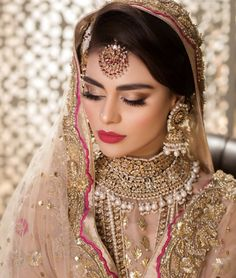 Pakistani Bridal Makeup, Bridal Mehndi Dresses, Pakistani Wedding Outfits, Bridal Lehenga Choli, Pakistani Wedding Dresses, Bridal Outfits, Function Dresses, Khada Dupatta, Polki Sets