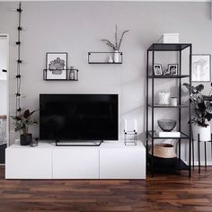 37 brilliant solution small apartment living room decor ideas and remodel 37 brilliant solution smal Small Apartment Living, Living Room Tv, Living Room Interior, Home And Living, Apartment Entryway, Modern Living Room Decor, 3 Piece Living Room Set, Modern Apartment Decor, Tv On Wall Ideas Living Room