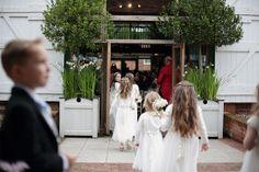 WEDDING AT GAYNES PARK IN ESSEX – TANIA & DAVID