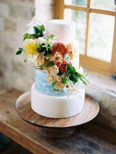 colorful fondant cake flowers blue marble | Photography: Brumley and Wells