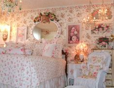 Victoria Rose Cottage Romancing The Finest Homes Shabby Chic Inspiration ♥ Rose Shabby Chic, Cottage Shabby Chic, Style Shabby Chic, Shabby Chic Vintage, Romantic Cottage, Shabby Chic Bedrooms, Rose Cottage, Shabby Chic Homes, Shabby Chic Furniture